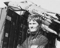 El subteniente Watson, piloto del Harrier de la Royal Navy